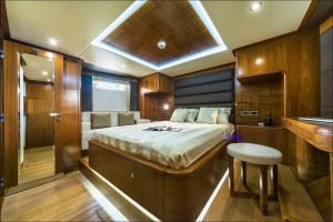Dubai Rental Boat, Have A Wonderful Experience With Yacht Rides Dubai