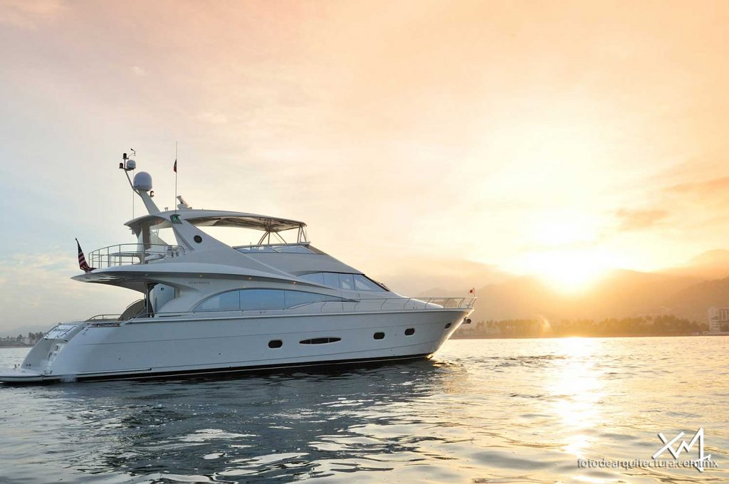 Boats In Dubai, Hire A Yacht Dubai From Reputed Yacht Rental Company