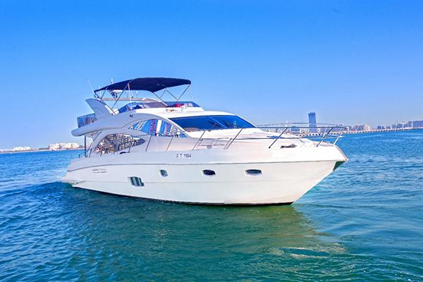 56ft yacht hire in dubai marina