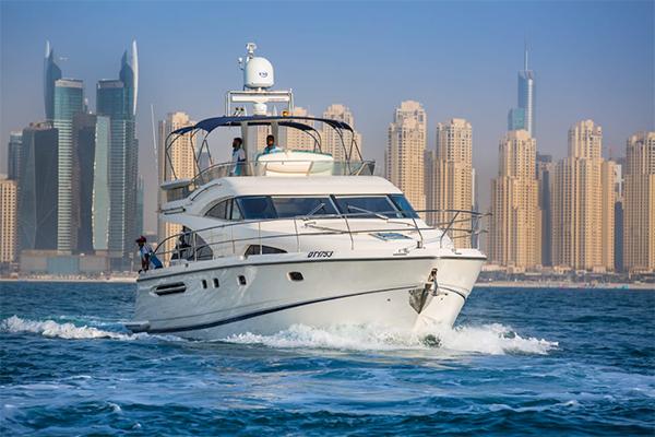 65ft yacht hire dubai